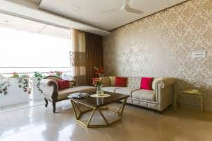 Kitchen Benches And Tables by Interior Designers In Bangalore Mumbai Delhi Gurgaon