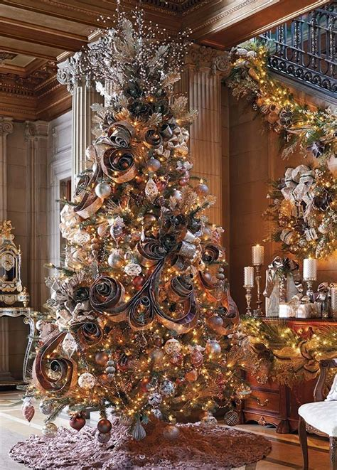 when can you put christmas decorations up