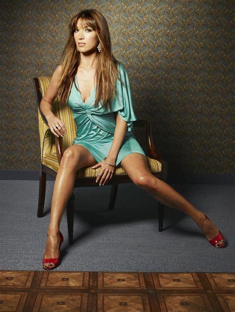 natalie zea sexy photoshoot sexy leg cross