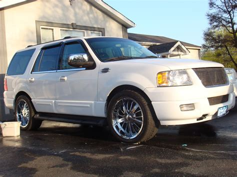 ford expedition curb weight
