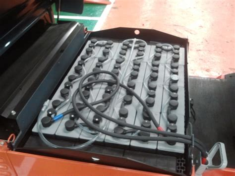 toyota forklift  ton electric battery forklift fbe