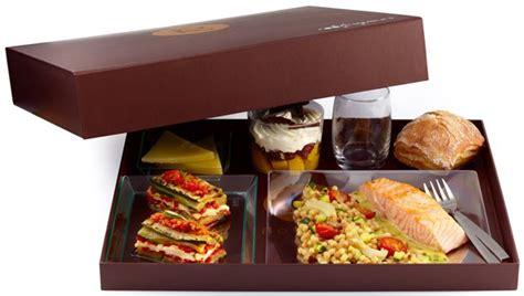 livraison dejeuner au bureau comment se faire livrer un plateau repas en entreprise