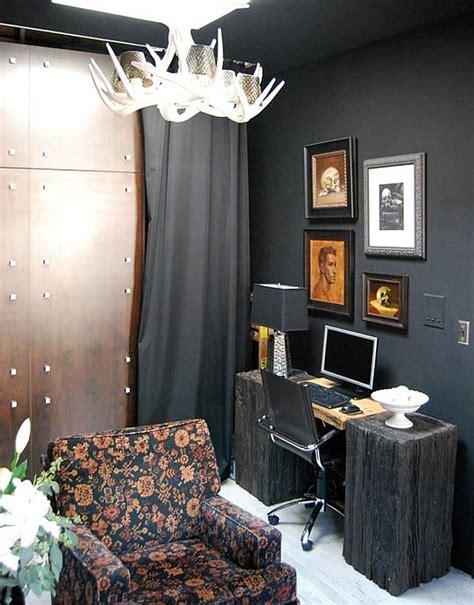 bill indurskys black studio apartment
