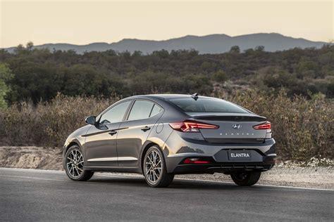 2020 Hyundai Elantra mpg, 2019 VW Jetta GLI driven, Obama ...