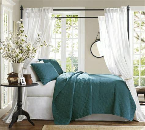 accessoires chambre chambre bleu canard et associations ou accessoires