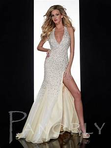 Vegas style wedding dresses pictures ideas guide to for Vegas style wedding dresses