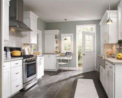 paint color benjamin moore sea haze kitchen love