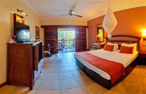 kingdom hotel victoria falls  hotel closest