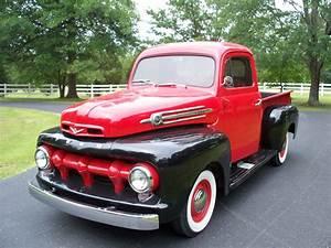 Pick Up Ford : 1952 ford pick up vintage ford pickup trucks pinterest ~ Medecine-chirurgie-esthetiques.com Avis de Voitures