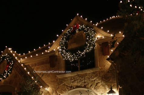 large lighted wreaths outdoor lights