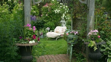 Come Realizzare Un Giardino In Stile Shabby Chic Deabydaytv