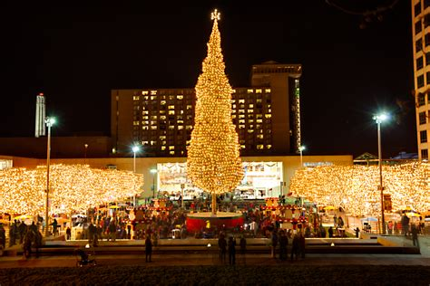 mayor s christmas tree lighting 2014 crown center photoblog