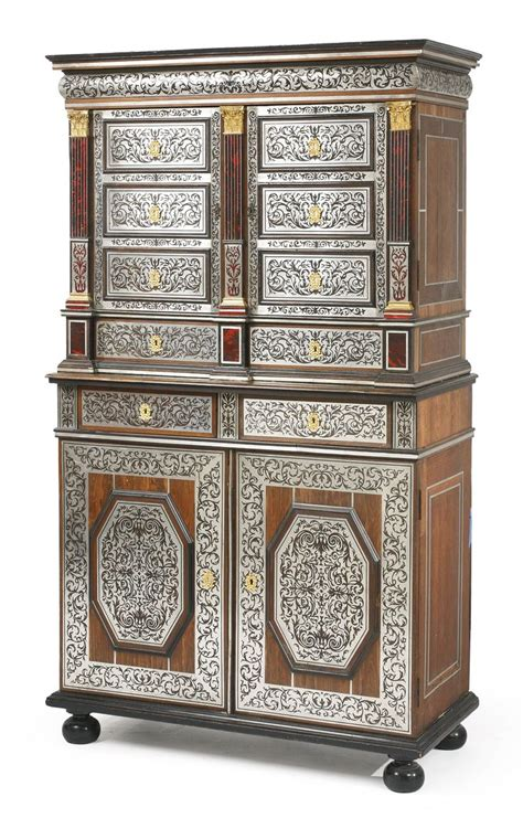 armoire basse de bureau cuisine a regency style black and gilt japanned collector