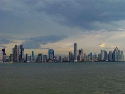 Impro Ceļojumi - Panama - tilts starp kontinentiem un okeāniem