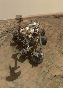 Why Don't We See the Curiosity Rover's Arm When it Takes a ...