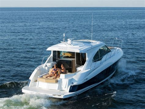 cruisers yachts  cantius boat review  top speed