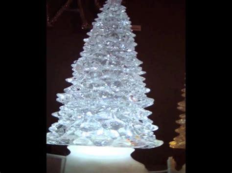 sapin de noel lumineux effet boule 224 neige led blanc froid sur piles