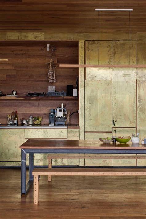 cuisine du p駻ou du laiton dans la cuisine bling ou mat