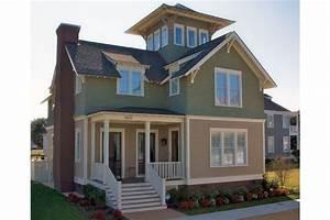 Amerikanische Häuser Grundrisse : dieses holzhaus wird mit einem turmzimmer gekr nt welches ber das das dach hinaus ragt ~ Eleganceandgraceweddings.com Haus und Dekorationen