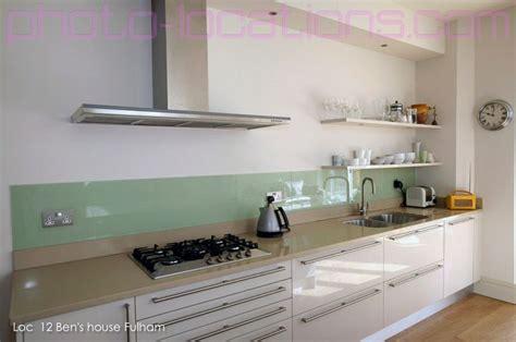 kitchens without backsplash glass backsplash no cabinets white lower cabinets