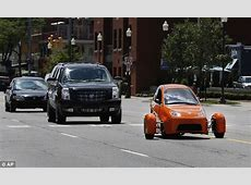Would YOU drive this 'car'? £4,000 Elio needs stabilisers