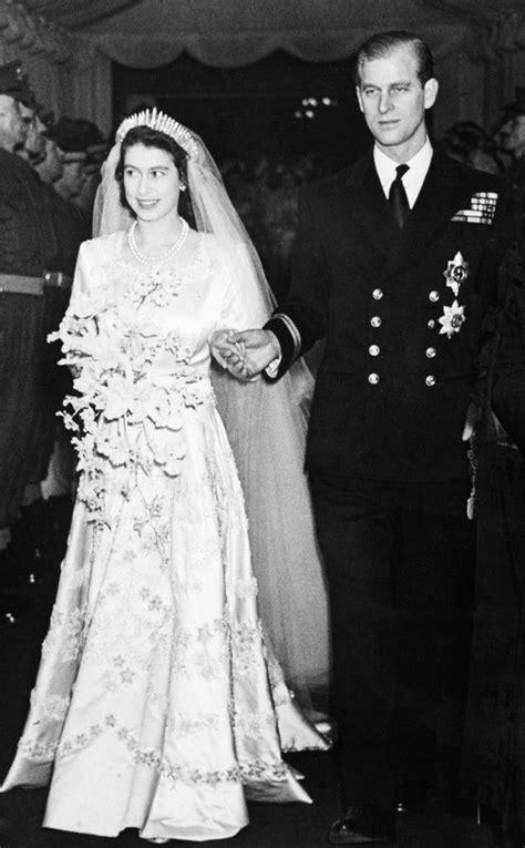queen elizabeth iis royal style