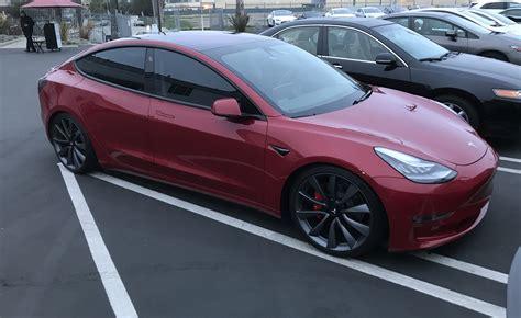 Get Tesla 3 High Performance Images