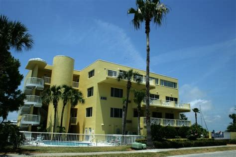 clearwater fl family hotels kid friendly resorts family vacation critic