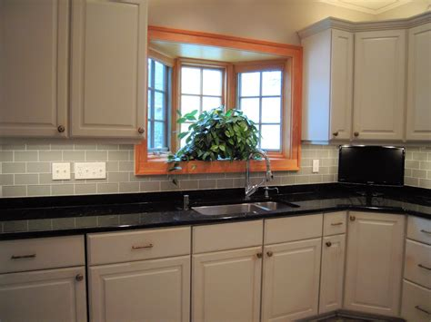 What Is Kitchen Backsplash by Tips On Choosing The Tile For Your Kitchen Backsplash