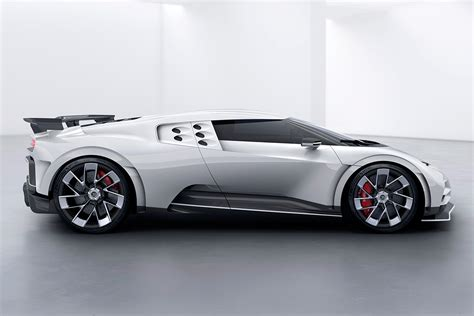 According to thesupercarblog, ronaldo has managed to secure one of the bugatti centodieci hypercars which as a reminder, the centodieci pays homage to the iconic 90's supercar the eb110. Bugatti Centodieci, el superdeportivo de 8 millones de ...