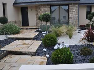 les 25 meilleures idees de la categorie jardin With amenagement de jardin contemporain 3 massif mineral en granit creation de massif