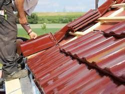 Reetdach Dacheindeckung Mit Natuerlichem Baumaterial by Schieferdach Kosten Vorteile Deckungsarten Bauen De