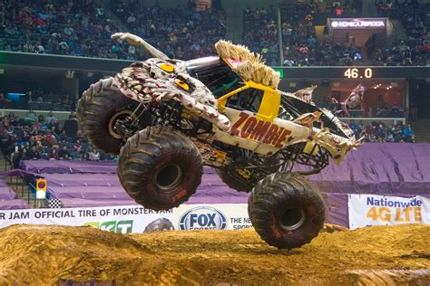 monster jam chiil mama flash giveaway win 4 tickets to monster jam