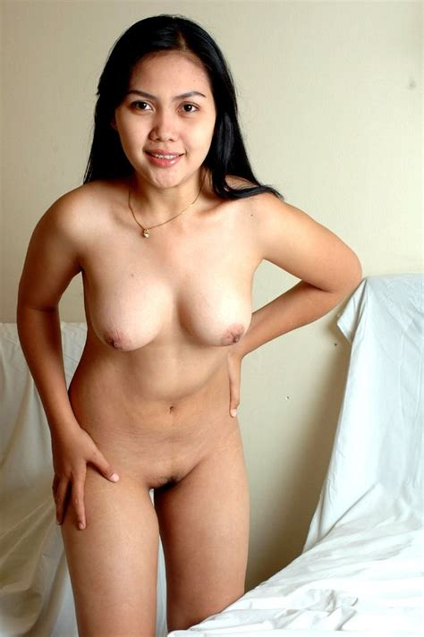 2  In Gallery Lovely Indonesian Nude Picture 2