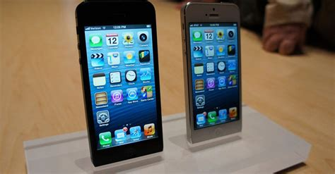 walmart iphone 5 walmart slashes price on iphone 5 iphone 4s