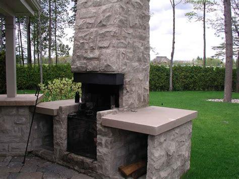 cuisiner du fabrication de murets de colonnes et de foyers extérieurs