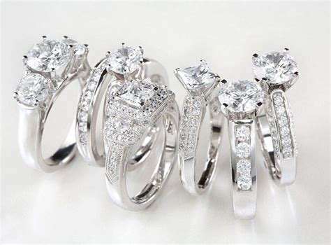 post your fave celebrity engagement rings the new face of engagement rings pouted com