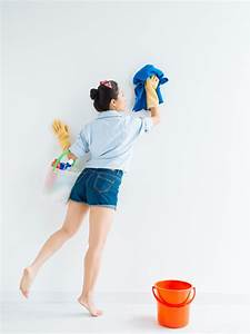 How to clean walls diy for Cleaning bathroom walls before painting