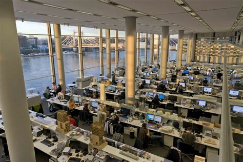 Foster + Partners Desks, London Office Refurbishment - e