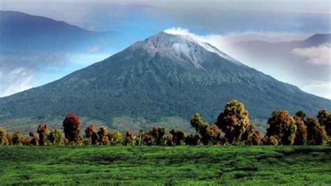 kondisi gunung kerinci jambi pasca erupsi  sabtu pagi