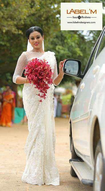 style  bouquet kerala christian wedding