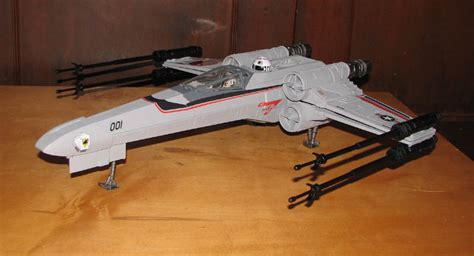 Joecustoms.com> Vehicles > Others > X-wing