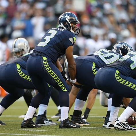 seattle seahawks grading  entire  man roster