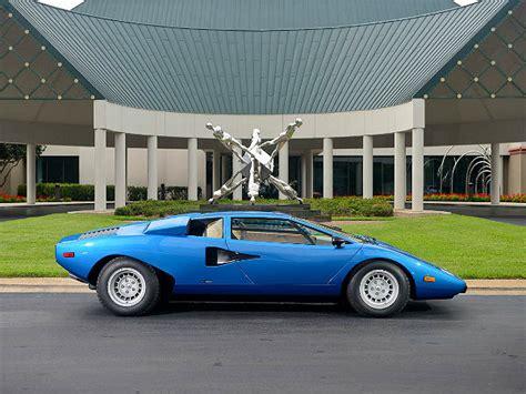 Lamborghini Countach Fetches .2 Million At Auction