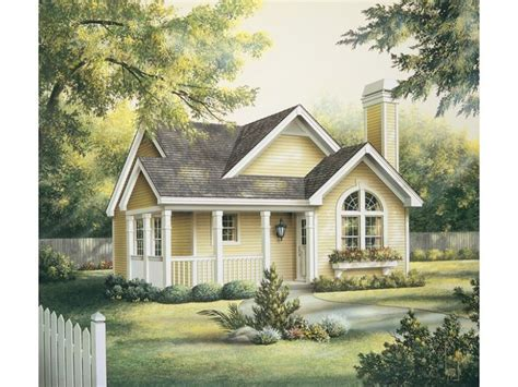 sq ft floor plans images  pinterest house floor plans traditional house