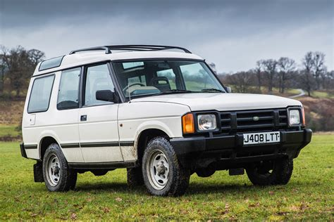 Land Rover Picture by Land Rover Discovery Retro Road Test Special Motoring