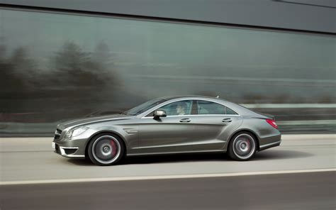 2018 Mercedes Benz Cls63 Amg Left Side View Driving Photo 27