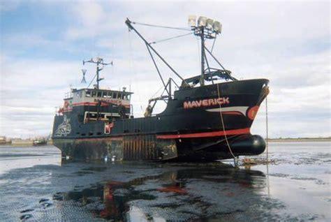 deadliest catch boat sinks episode deadliest catch ship goes newhairstylesformen2014