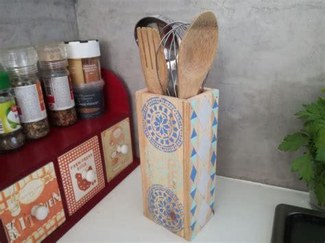 ustensiles de cuisine en l pot à ustensiles de cuisine en bois truc tricks