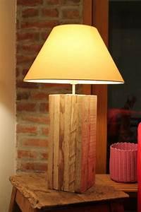 Lampe En Palette : lampe en planches r cup 39 way of life ~ Voncanada.com Idées de Décoration